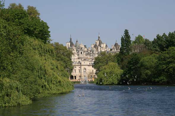 The secret palace that we see from the bridge over the lake in St James Park.